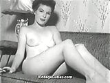 Sexy Brunette Babe Posing (1950s Vintage)