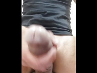 EDGING AND TEASING MY OLDER DICK FOR 5 MINS BEFORE CUMMING