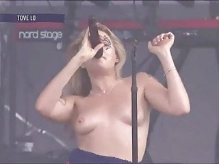 Tove Lo Her Bra Size 34 B Cup