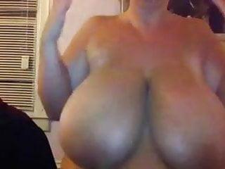 Amateur Big Boobs woman Webcam show