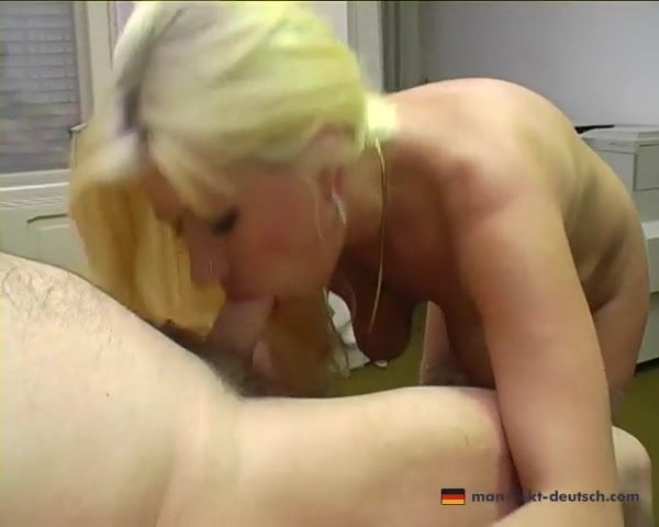Deutsch Blondine Milf Büro