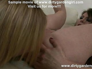 Amy Brooke and Dirtygardengirl prolapse pump play