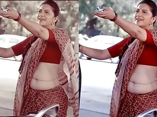 Bhavana Aunty Hot Navel