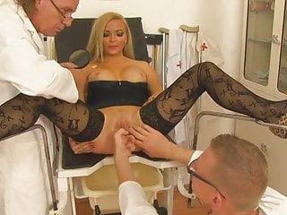 Hardcore Stockings Milf video: Sprechstunde Frauenarzt 1 (2014) - Full movie