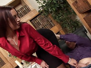 Milf psychologist takes the big cock of patient...