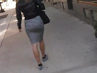 Business PAWG Jiggle Short Skirt