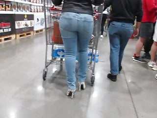 Juicy tight jeans and high heels...
