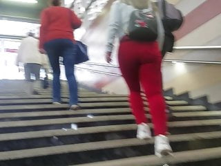 Teen girl with big ass in red jeans