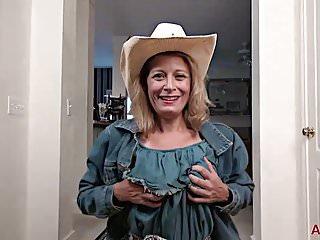 Kinky Cowgirl old milf Jade Allan