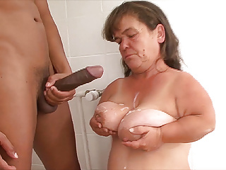 nahé lesbiny