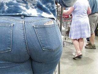 Latina with jeans close up...