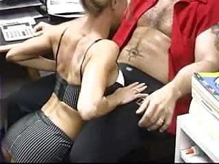 Super Hot MILF Brandi Love