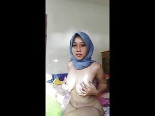 Hijab indonesian super horny muslim girl...
