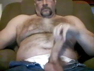 Muscle bear wanking his big fat dick
