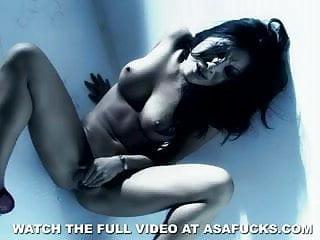 Asa Akira is too hot to handle