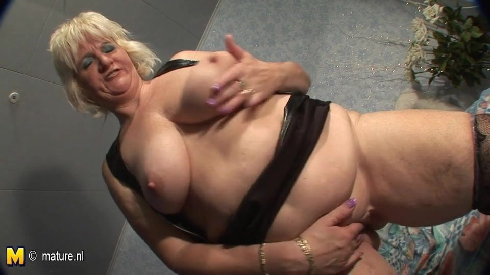 Mature Hairy Pussy Lesbian