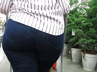 Fat and wide booty tight blue jeans...