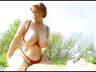 Kira Reed Outdoor