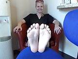 Blonde's sexy feet