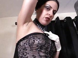 Bellatrix Strapon Slut