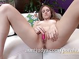 Kelsey Obsession Treats Her Pussy with a Tiny Toy