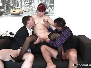 Porno milf synové přítel