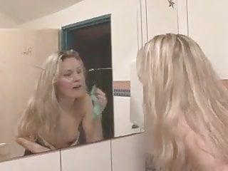 křičet porno trubice