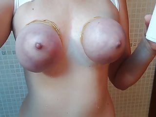 Deutsche Amateurin mit abgebundenen Titten gefickt