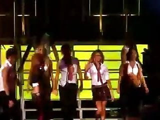 Sexy girls aloud performance...