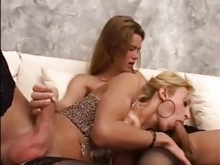 Sexy Traps Kiss and Suck