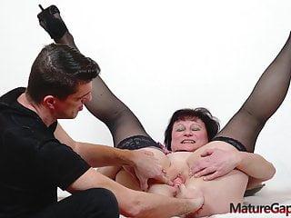 Vagina gapig and arduous banging of Czech old countrywoman