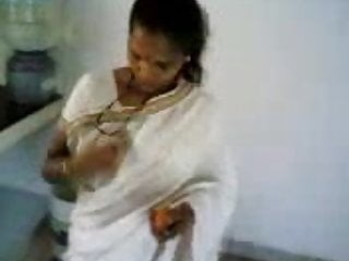 tamil show boobs in kitchen