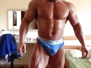 Bulgarian kiriakov flexing big bulge...