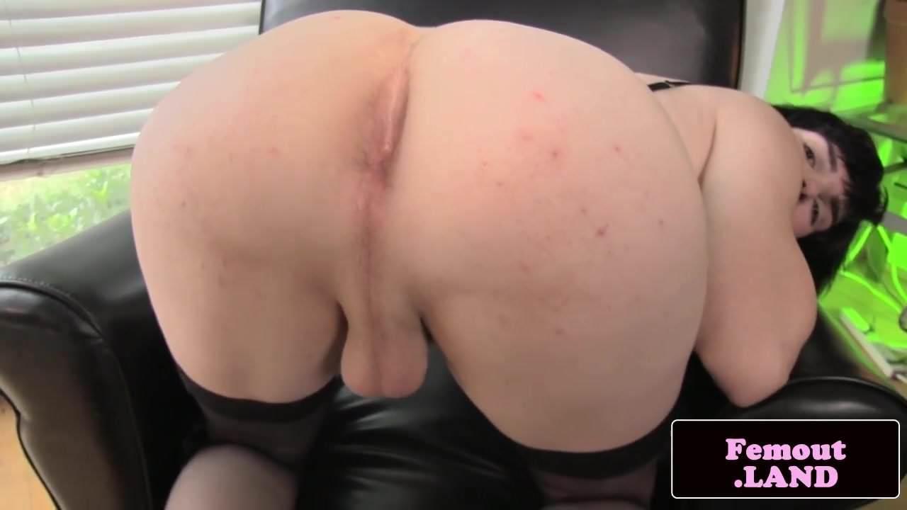 Ebony Spreading Ass Webcam