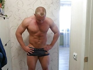 Str8 bulge...