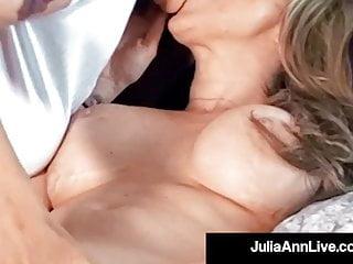 Busty cougar julia ann muff dives with lesbian...