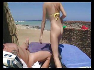 Blowjob beach...