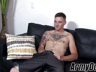 Sexy soldier boi jaxon d jacks off his...