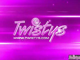 Twistys – Abigail Mac starring at Produces Me Really feel Cherished