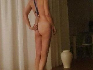 Slave with Jennifer first time anal plug