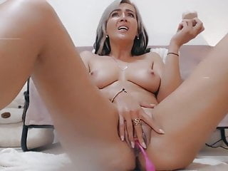 Cam squirt on Whores tube