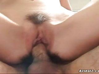 Yuu Kawano雙口交和巨大的體內射精