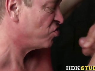 Older jeff grove and tiger having hardcore sex...
