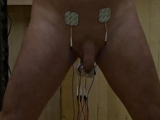 Selfbondage with timelock and heavy electric shocks