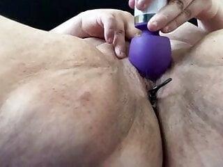 Bbw using toys to cum