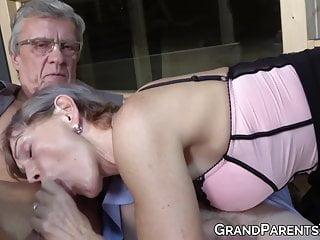 Cute granny with sucks in threesome...
