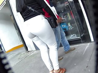 wearing girl Big butt shorts
