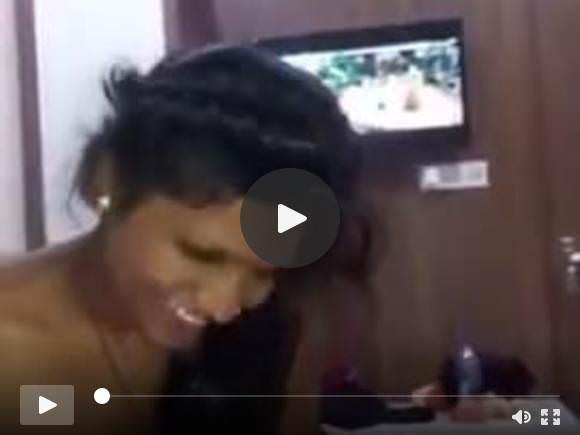 भारतीय लड़की काउगर्ल