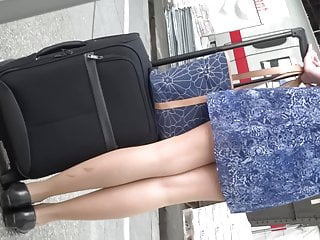 lady mit neverending legs zum hinterherluschernPorn Videos