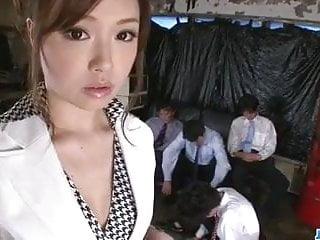 愛子廣瀨被所有她的辦公室同事性交